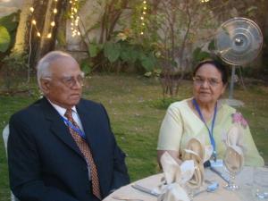 Lieutenant Colonel Shujauddin Qazi and Mrs. Surriya Shujauddin Qazi attending a Fulbright alumni event together.