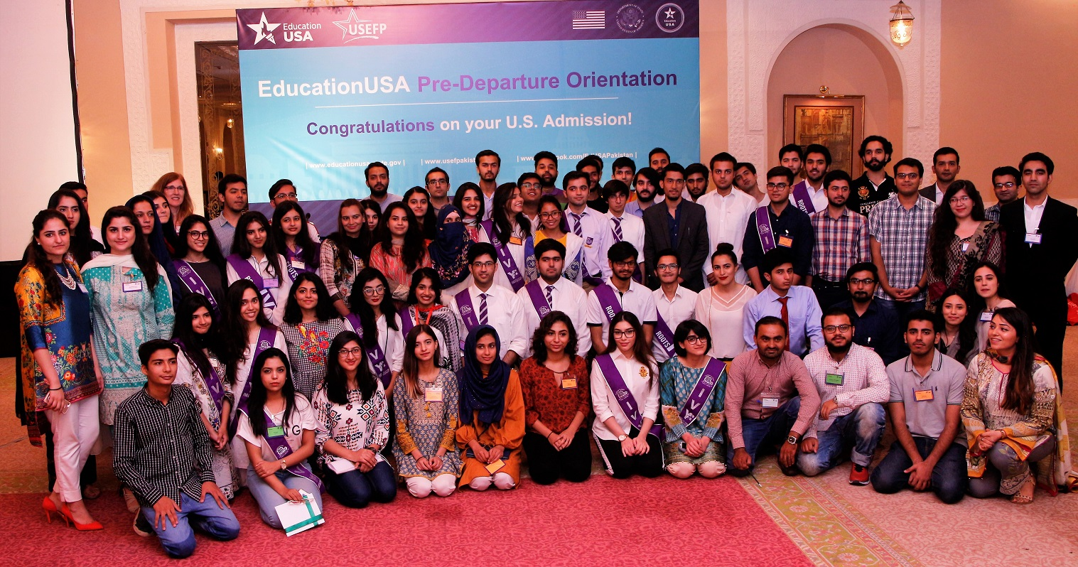 USEFP hosts a PDO for over 300 students heading to the U.S. for higher studies